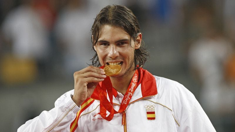 Rafael Nadal wins a snack at the 2008 Beijing Olympic Games (Photo: Behrouz Mehri/Getty Images)