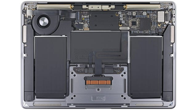 Apple Not Only Fixed the New MacBook Air s Keyboard, It Also Made the Laptop Easier To Repair