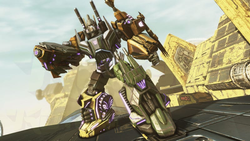 Illustration for article titled Transformers Bruticus Screens