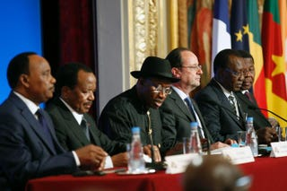 Leaders of African nations, as well as the president of France, met in Paris on May 17, 2014, to discuss Nigeria's security, including (from left) Nigerien President Mahamadou Issoufou, Cameroonian President Paul Biya, Nigerian President Goodluck Jonathan, French President François Hollande, Chadian President Idriss Deby Itno and Beninese President Thomas Boni Yayi.Thierry Chesnot/Getty Images