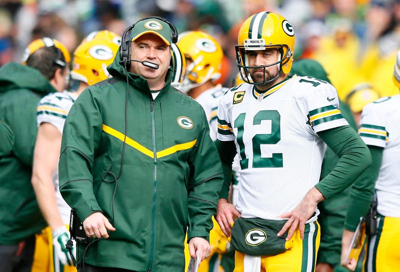 Illustration for article titled Reports: Mike McCarthy May Give Up Packers' Play-Calling Duties