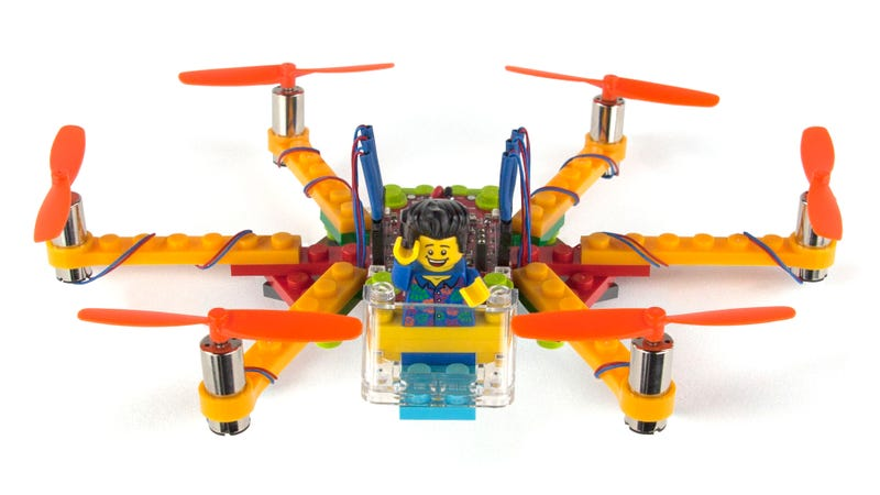 Illustration for article titled These Simple Kits Let You Build Flying Drones From Lego