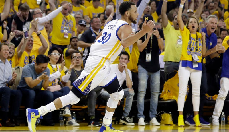 Warriors beat Jazz at Oracle Arena