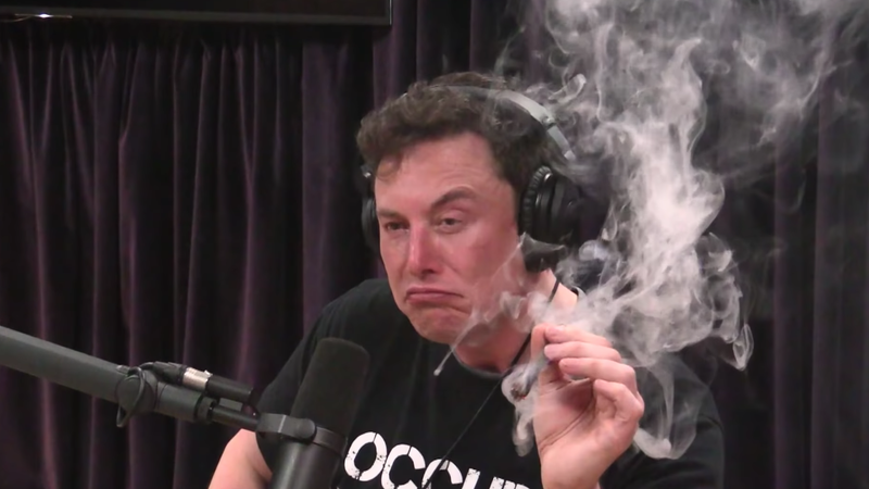 Illustration for article titled Elon Musk Smoking Joe Rogan's Weed Somehow Ended Up Costing Taxpayers $5 Million