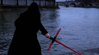 Illustration for article titled Yes, You Can Make Your Own The Force Awakens-Style Lightsaber