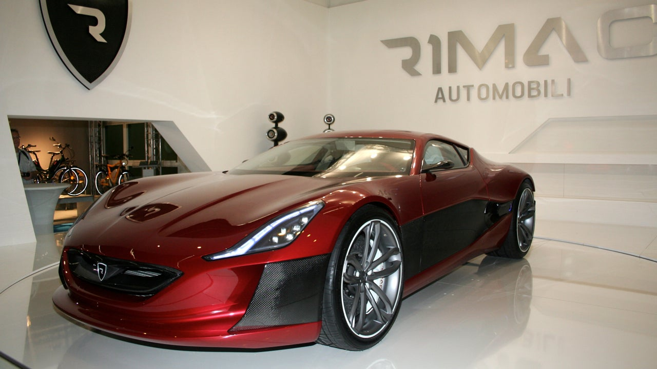 the super fast electric sports car designed by a 23 year old. Black Bedroom Furniture Sets. Home Design Ideas