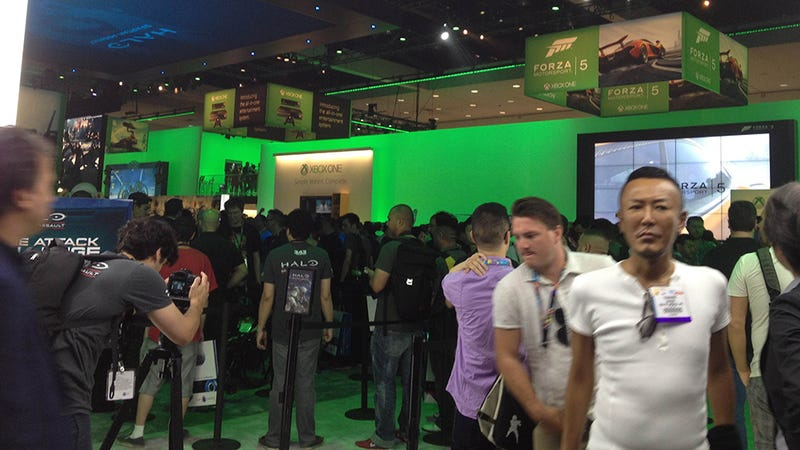Illustration for article titled The Microsoft E3 Booth In Nine Photos, With Special Guest