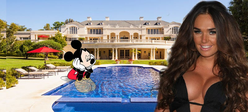 Illustration for article titled F1 Primo Bernie Ecclestone's Daughter May Buy Old Disney Estate