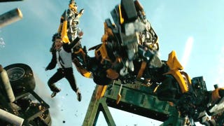 Illustration for article titled Transformers 3 is a movie about how wrong you were to hate Transformers 2