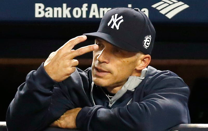 Illustration for article titled Report: Joe Girardi Called Out Yankees Before Jeter's Final Home Game