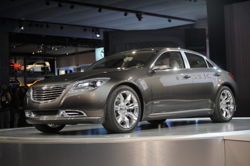 Illustration for article titled Chrysler 200C EV Concept: Shockingly Attractive Mid-Size