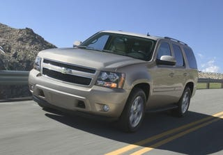 Gm S Just Revealed A Whole Messload Of Details On Their Newest Members The Gmt 900 Based Full Size Suv And Truck Lineup 2009 Chevy Silverado Xfe