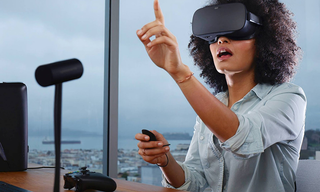 Illustration for article titled Oculus Stops Blocking App That Lets Vive Owners Play Rift Exclusives