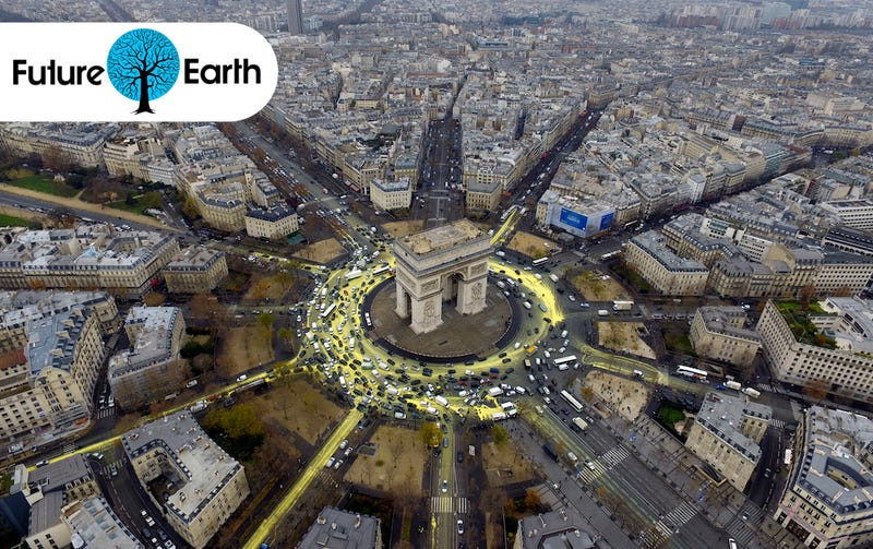 Illustration for article titled Activists Turned a Busy Paris Roundabout into a Symbol of Hope for the Planet