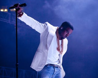 Illustration for article titled Kanye Cancels Remaining North American Dates After Epic Calif.-Show Rant