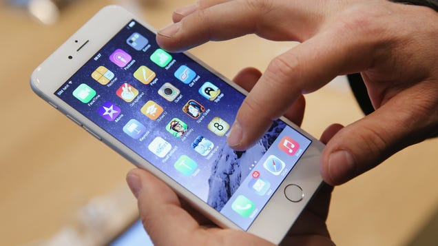 How to Claim Your Piece of Apple s $500 Million iPhone Throttling Settlement