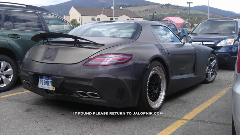 Illustration for article titled Is This The Mercedes SLS AMG Black Edition?