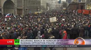 Illustration for article titled Több tízezren vonultak Moszkvában Nyemcov gyászmenetén