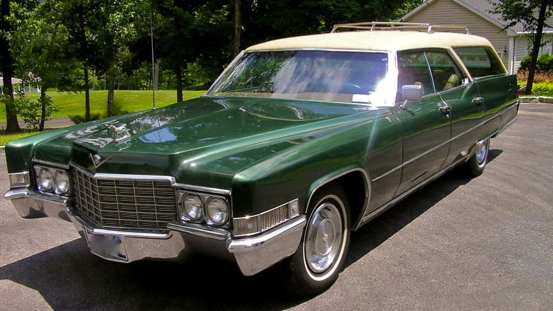 Illustration for article titled Buy this custom Cadillac wagon in British racing green