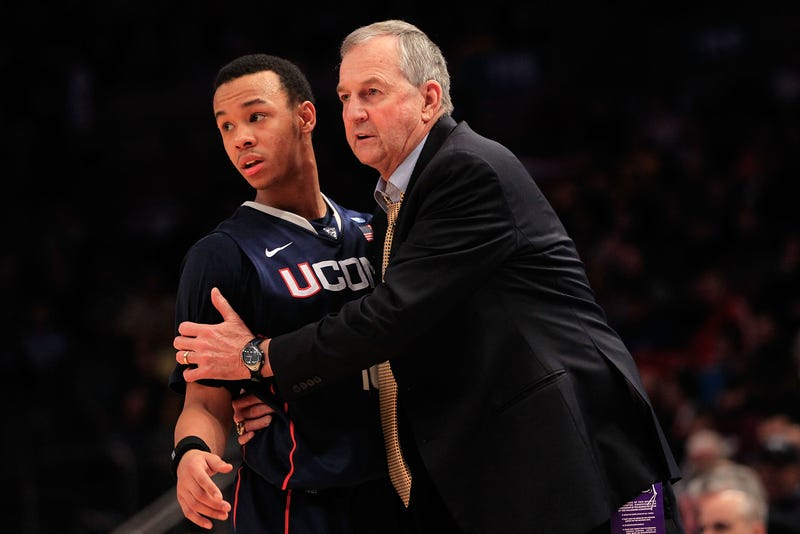 Illustration for article titled Jim Calhoun Is Gone And UCONN Basketball May Follow Him Out The Door