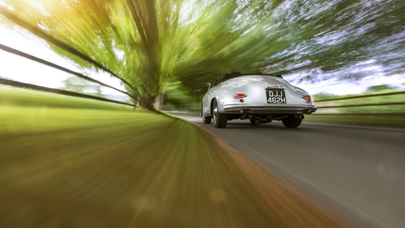 Illustration for article titled The Original Porsche Flashes Some Tail