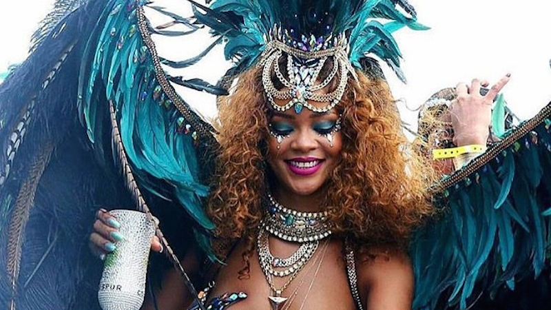 Illustration for article titled Let's Thirst Over Rihanna's Dominion at Carnival