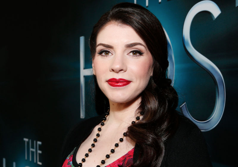 Illustration for article titled Stephenie Meyer Is Developing a New Supernatural Thriller Series for Hulu
