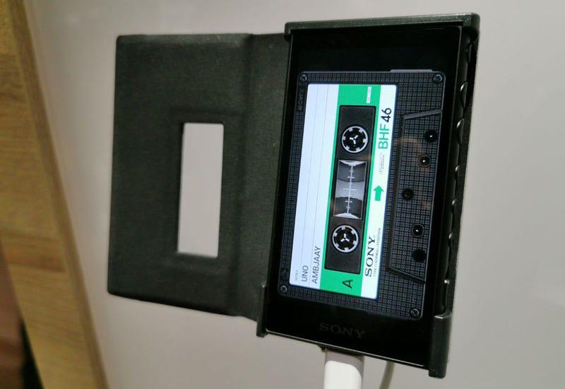 Illustration for article titled El Walkman 40 aniversario es un golpe bajo a la nostalgia que te hará repensar la idea de comprar un MP3