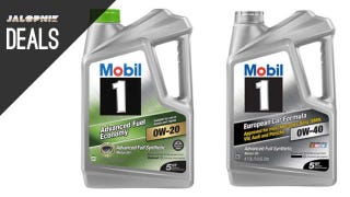 Illustration for article titled Deals: 5 Quarts of Oil for $23, Bluetooth for Old Cars, Rhino Ramps