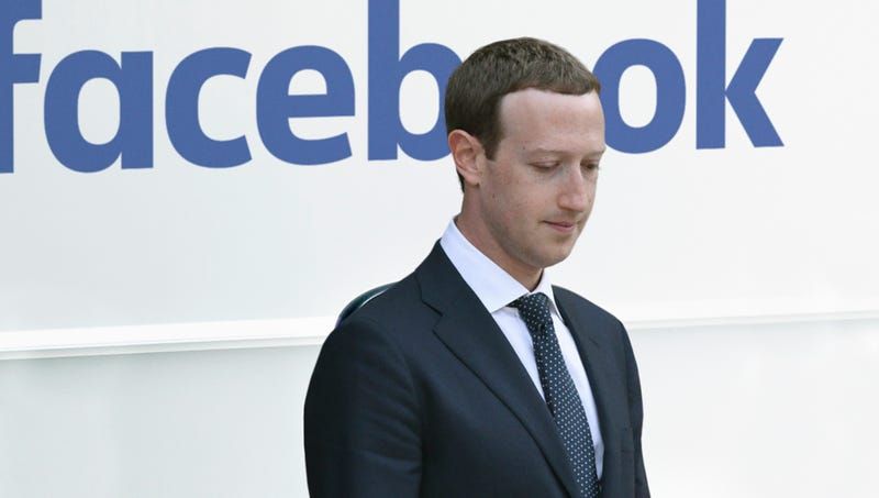 Illustration for article titled Investors Remind Mark Zuckerberg He Can't Fuck With Them Like The Simpering Cowards In Congress