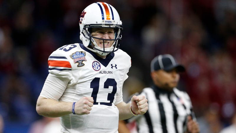 Auburn dismisses backup QB Sean White after arrest