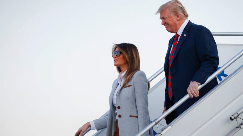 Illustration for article titled White House: Melania Did NotDeliberately Call Donald a Shit