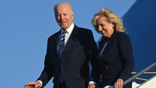 Biden Will Reportedly Buy 500 Million Pfizer Vaccine Doses to Donate Globally