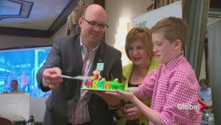 Illustration for article titled Preteen Transgender Boy Wins New Birth Certificate in Alberta