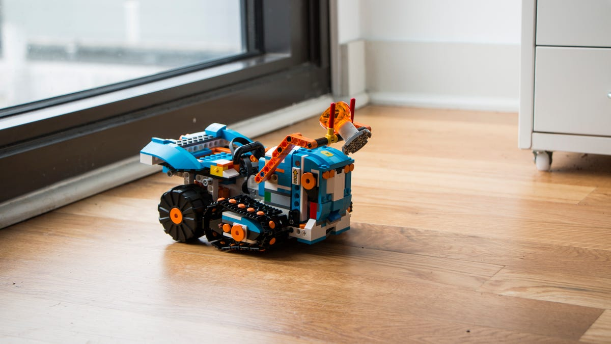 Lego's New Robotics Set Made Me Fall in Love With Lego All