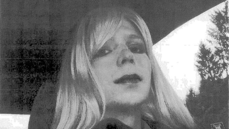 Illustration for article titled Obama Commutes Most Of Chelsea Manning's 35-Year Sentence