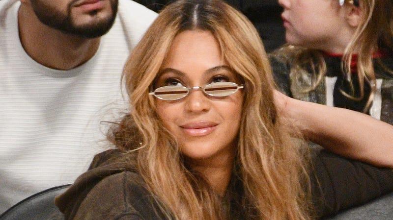 Beyoncé Drops Major 'Becky' Hi...