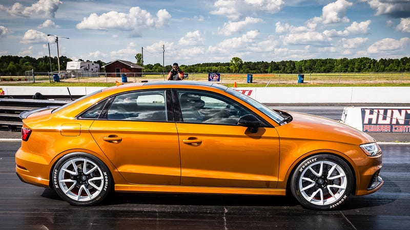Illustration for article titled This 600 HP Audi RS3's 9.83-Second Quarter Mile Introduced Me To The Word 'Frisson'