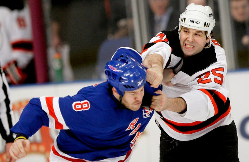 Andrew Peters (right). Photo: Frank Franklin II/AP