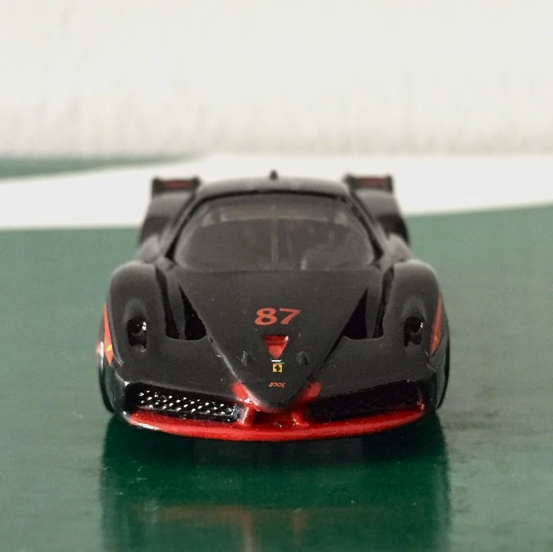 Illustration for article titled LaLD Car Week - a FXX-king beauty in Nero