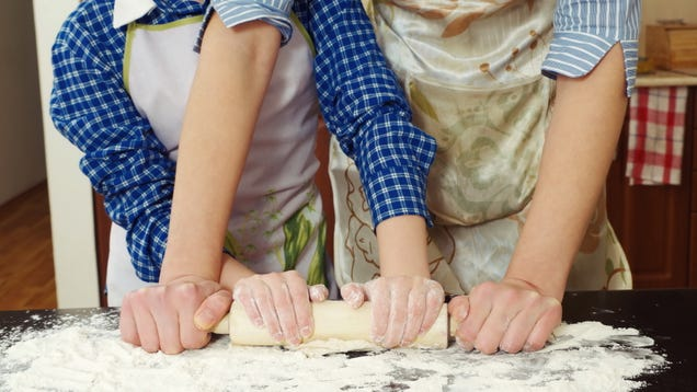 Take These Free Digital Cooking Classes With Your Kids