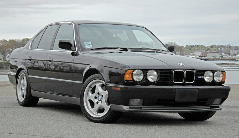 Illustration for article titled For $18,900, You Could Add This 1991 BMW M5 To Your Family