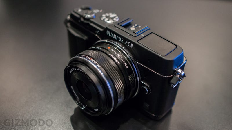 Illustration for article titled Olympus Pen E-P5: A Retro-Styled Mirrorless Camera Made Amazing