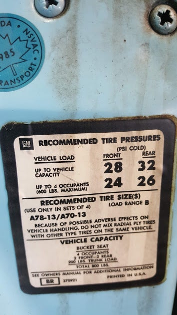 Illustration for article titled 4 different recommended tire pressures. Why?