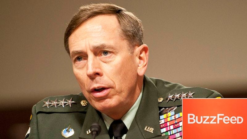 Illustration for article titled BuzzFeed Editors Unsure How To Spin Petraeus Story Into Reason The '90s Were Great