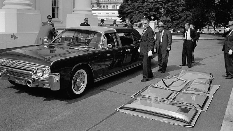 Illustration for article titled Amazingly, JFK's Limo Was Still Used More Than a Decade Past His Death