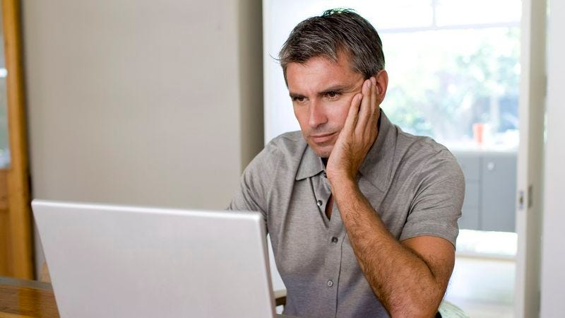 Illustration for article titled Nation Braces Itself Before Clicking On Article About 55-Year-Old Ex-NFL Player