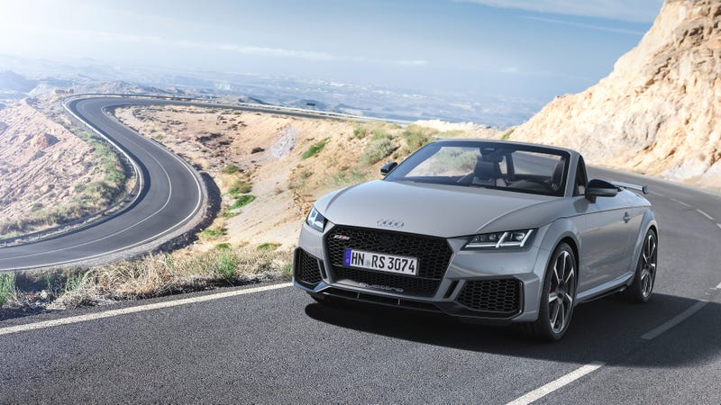Illustration for article titled Almost Nothing Has Changed About The 2019 Audi TT RS And That's a Good Thing