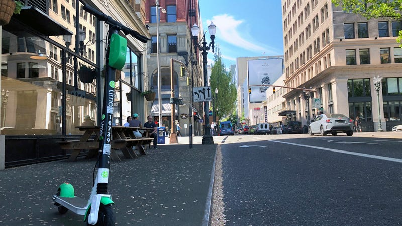 Police Pull Nearly a Dozen Dockless Scooters From Their Watery Graves in Portland, Say More to Come
