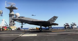 Illustration for article titled F-35C Joint Strike Fighter Traps Aboard A Carrier For The First Time